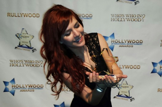 Marina V with her Hollywood International Entertainment Award